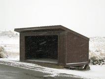 Abrigo del autobús escolar Fotos de archivo