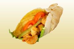 Abrigo del pollo con la ensalada Imagenes de archivo
