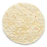 Abrigo llano de la tortilla aislado en blanco imagen de archivo