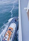 Abrigue a escalada piloto no encarregado do piloto do navio fotos de stock royalty free