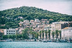 Abrigue na separação, Croácia, filtro análogo fotos de stock royalty free