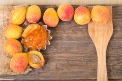 Abrikozen met jam Stock Afbeeldingen