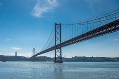 25 abril bridżowy de Portugal lizbońskiego Fotografia Stock