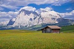 Abris dans les Alpes italiens Photos libres de droits
