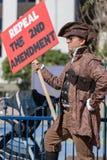 Abrogez le 2ème rassemblement du ` s de personnes de signe d'amendement contre la violence Photos stock
