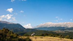 Abruzzo bergsikt Arkivfoton