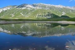 abruzzo lake Fotografering för Bildbyråer