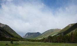 Absaroka Mountains. A rainbow in the beautiful Absaroka Mountains Royalty Free Stock Photo