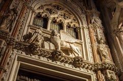 Abschluss Carta-Tor Porta-della Carta-Doge-Palast-Venedigs Italien oben Lizenzfreie Stockbilder