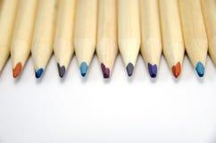 Schließen Sie oben von farbigen Bleistiften Lizenzfreie Stockfotos