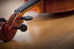 Abschluss oben der Violine Lizenzfreie Stockfotos