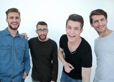 Abschluss oben eine Gruppe glückliche Kerle lizenzfreie stockfotografie