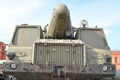 Abschussrampe 9P120 mit einer Rakete 9M76 des Raketenkomplexen Temp-s 9K76 im Militärartillerie-Museum Stockbilder