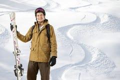 Abseits der Piste Skifahrer Stockfoto