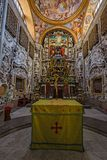 Absid med det huvudsakliga altaret av den Martorana kyrkan i Palermo i S Arkivbilder