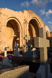 Absid och kyrkogård i kyrkan av Jultomten MarÃa de la Varga, Arkivbilder