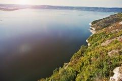 Absolut bedöva, hisnande och pittoresk sikt av sjö s Arkivfoto