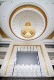 Absorbeer koepellicht op het plafond stock afbeelding