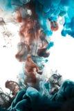 Absract färgmålarfärg i vatten Arkivfoton