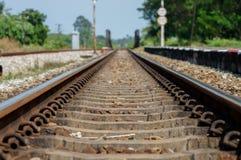 Abstand geschossen von der Eisenbahnlinie Stockfoto
