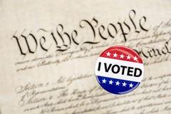 Abstimmungsausweis und -konstitution Stockbild