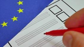 Abstimmungskonventioneller stimmzettel in der Europäischen Gemeinschaft stock video