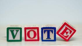Abstimmungwort in den Blöcken Stockbild