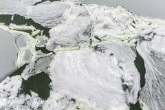 Abstração do gelo no rio congelado Fotografia de Stock Royalty Free