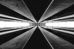 Abstract architectuurstuk in zwart-wit royalty-vrije illustratie