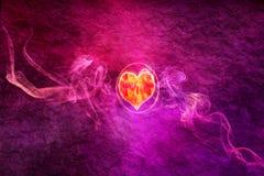 Abstract Artistiek Kleurrijk Hart op een Rokerige Achtergrond vector illustratie