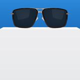 Abstract background with realistic sunglasses Royalty Free Stock Photography