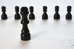 Abstract bedrijfsconcept met Koningsschaakstukken Stock Foto's