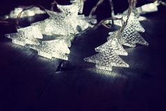 Abstract beeld van de lichten van de Kerstboomslinger Stock Afbeelding