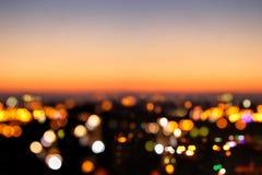 Abstract beeld van de vage achtergrond van de nachtstad met cirkellichten Royalty-vrije Stock Afbeeldingen