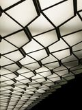 Abstract beeld van een Plafond van het Art decopatroon met lichten Stock Foto's