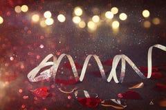 Abstract beeld van feestelijke lintdecoratie en harten Royalty-vrije Stock Foto's