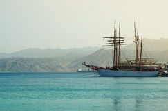 Abstract beeld van het jacht op zee Stock Fotografie