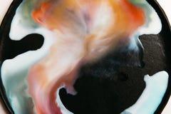 Abstract beeld van kleurrijke stroken van vloeistof Royalty-vrije Stock Afbeeldingen