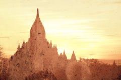 Abstract beeld van pagode in de oude stad van Bagan Stock Foto's
