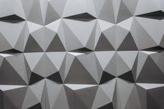 Abstract behang of geometrische achtergrond die uit zwart-witte geometrische vormen bestaan: driehoeken en veelhoeken Royalty-vrije Stock Foto