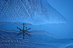 Abstract blauw koud ijs als achtergrond Stock Foto
