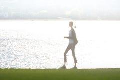 Abstract cijfer van vrouw het lopen door water Royalty-vrije Stock Afbeelding