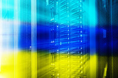 Abstract de opslagdeel drie van de centrale verwerkingseenheidsschijf kleur het stemmen bladserver Stock Afbeeldingen