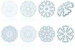 Abstract de sneeuwvlokpictogram van de vakantiewinter dat in blauw wordt geplaatst Stock Fotografie