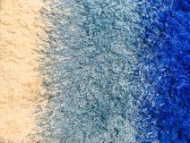 Abstract de stoffenpatroon van de close-upoppervlakte bij het blauwe stoffentapijt bij de vloer van huis geweven achtergrond Royalty-vrije Stock Foto