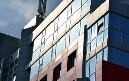 abstract deel van een modern gebouw in de middag Royalty-vrije Stock Afbeelding
