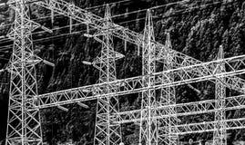 Abstract die patroon door elektriciteitspylonen wordt gevormd, Kanazawa, Japan stock afbeeldingen