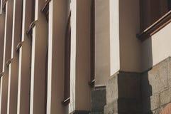 Abstract die patroon van de bouw van kolommen wordt gemaakt Royalty-vrije Stock Foto
