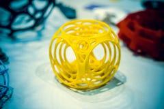 Abstract die voorwerp door 3d printerclose-up wordt gedrukt Royalty-vrije Stock Foto's