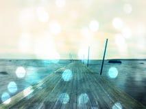 Abstract effect Lege houten mol in water van blauw meer Oude visserijwerf voor ingehuurde boten en zwemmers Stock Foto's